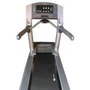 4 ready LIFE FITNESS TREADMILL -MODEL 95TI